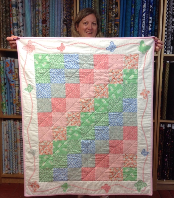 Tracey's finished the baby quilt just in time